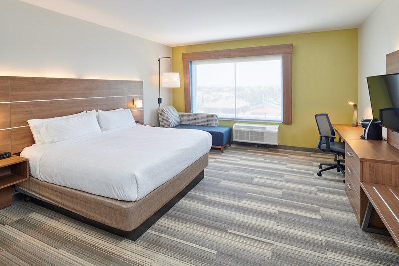 Holiday Inn Express El Paso - Sunland Park Area-1 king bed guest room El Paso West - Sunland Park Area <br/>Image from Leonardo
