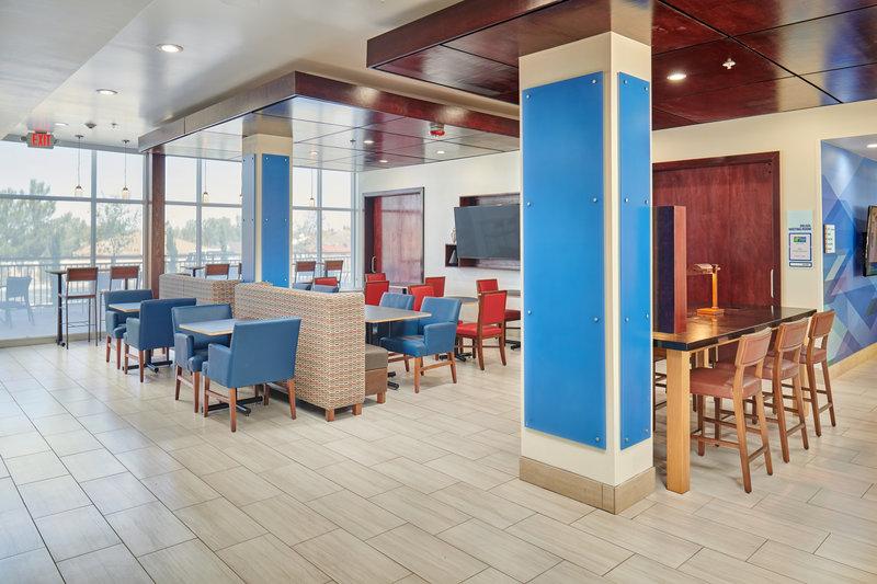 Holiday Inn Express El Paso - Sunland Park Area-Holiday Inn Express & Suites El Paso Sunland Park Breakfast Area<br/>Image from Leonardo
