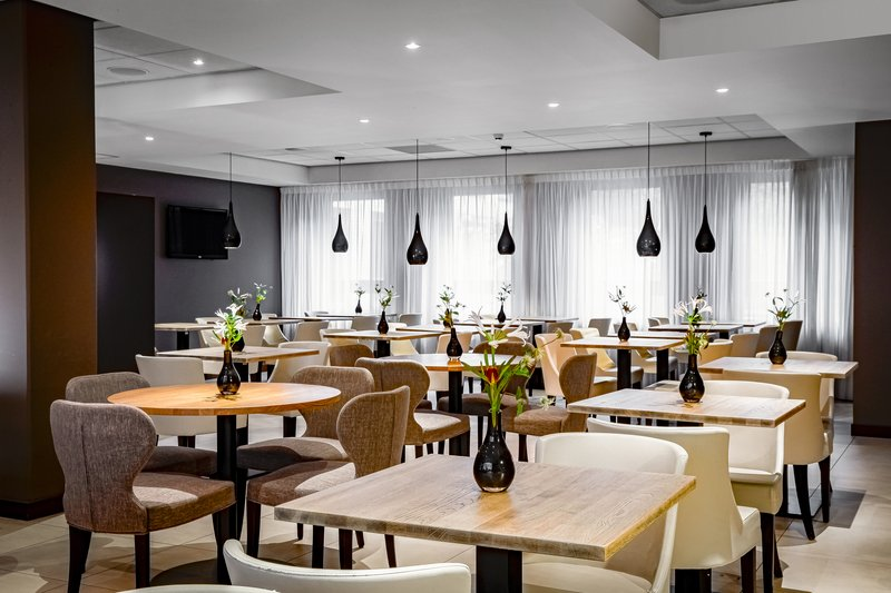 Holiday Inn Express The Hague - Parliament-Restaurant<br/>Image from Leonardo