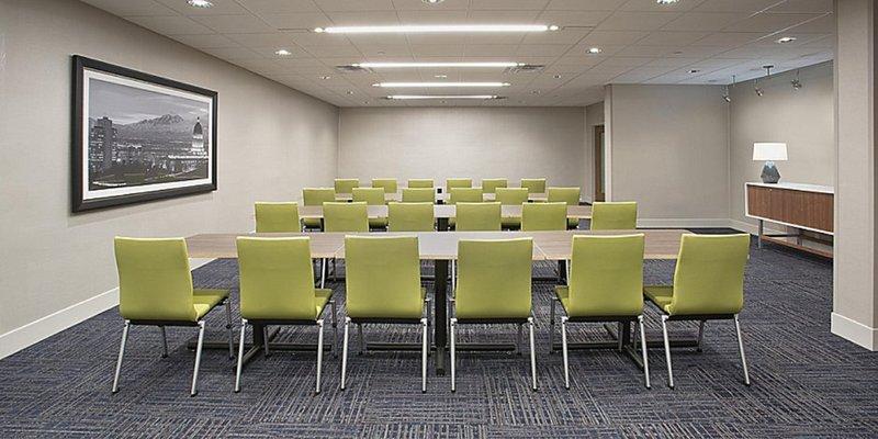Candlewood Suites Kingston West-Meeting Room<br/>Image from Leonardo