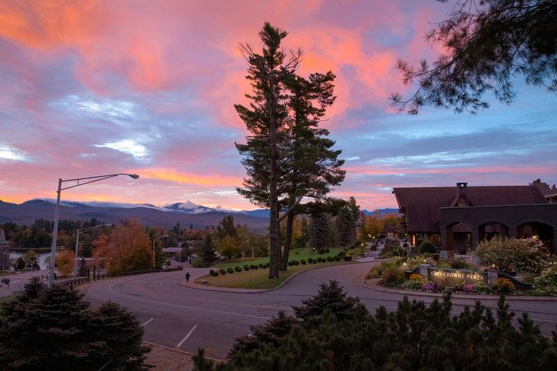 Crowne Plaza Lake Placid-Spectacular sunset views<br/>Image from Leonardo