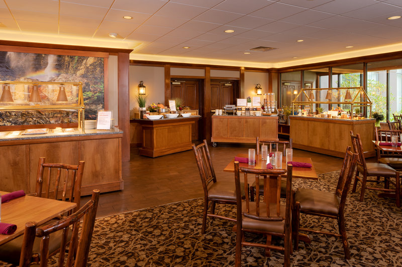 Crowne Plaza Lake Placid-Enjoy breakfast a la cart or with our seasonal buffet<br/>Image from Leonardo