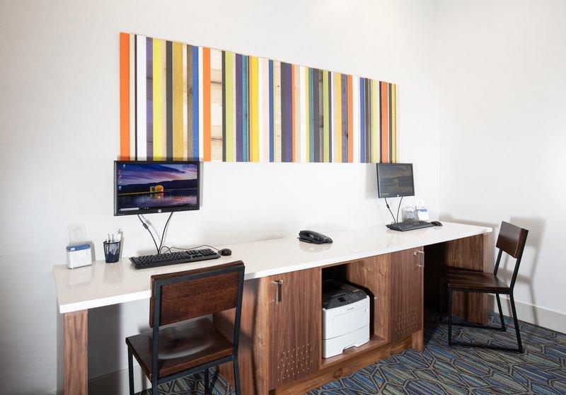 Holiday Inn Express & Suites Grande Prairie-Business Center<br/>Image from Leonardo