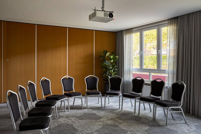 CROWNE PLAZA HAMBURG CITY ALSTER-Conference 4<br/>Image from Leonardo