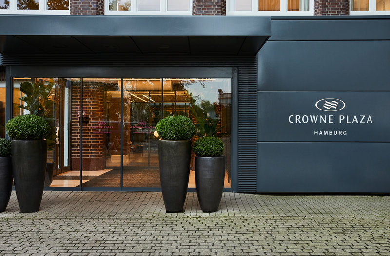 Crowne Plaza Hamburg - City Alster-Hotel Exterior<br/>Image from Leonardo
