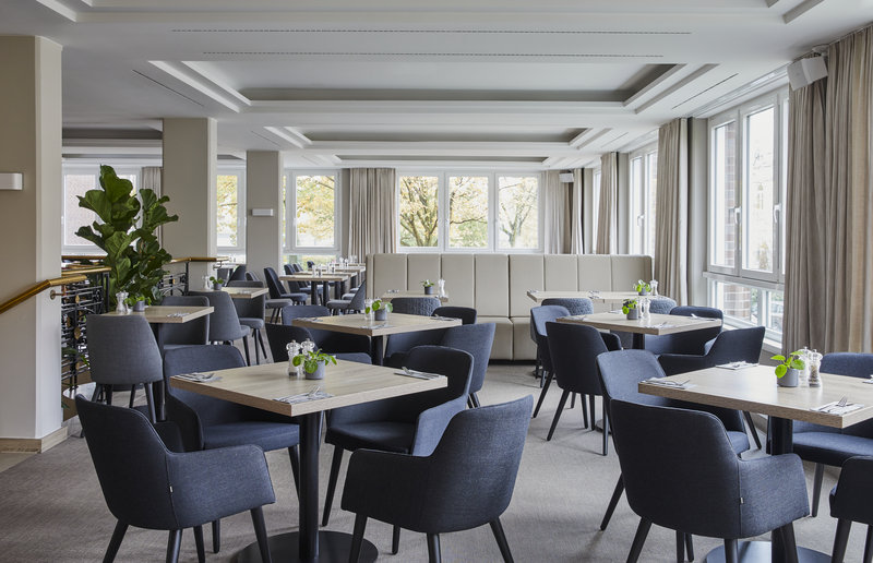 Crowne Plaza Hamburg - City Alster-Restaurant<br/>Image from Leonardo