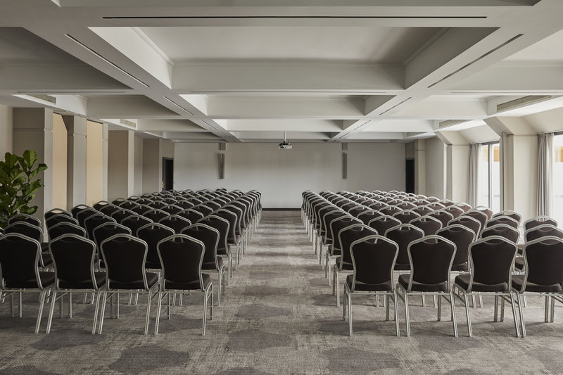 CROWNE PLAZA HAMBURG CITY ALSTER-Conference 6 & 7<br/>Image from Leonardo