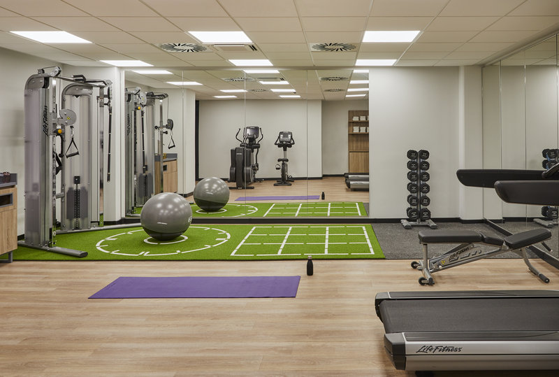 CROWNE PLAZA HAMBURG CITY ALSTER-Gym<br/>Image from Leonardo