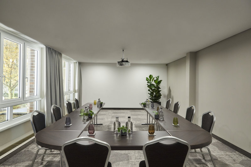 CROWNE PLAZA HAMBURG CITY ALSTER-Conference 5<br/>Image from Leonardo