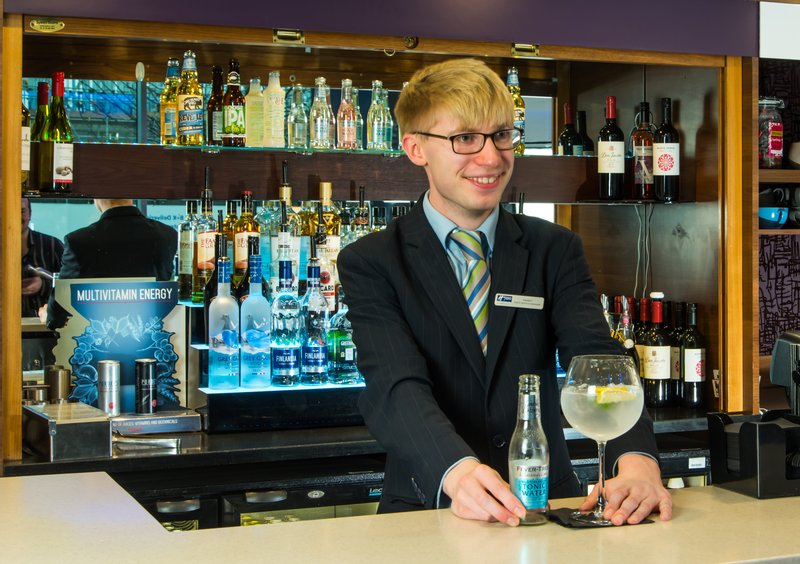 Holiday Inn Express Lincoln City Centre-Treat yourself to a premium G&T from the bar<br/>Image from Leonardo