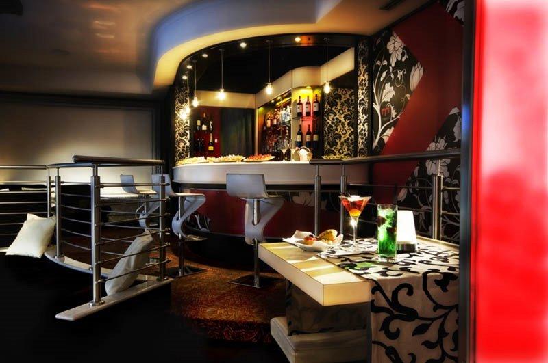 Ariston Hotel-Bar<br/>Image from Leonardo