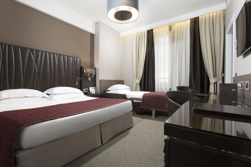 Artemide Hotel-Deluxe Triple Room<br/>Image from Leonardo