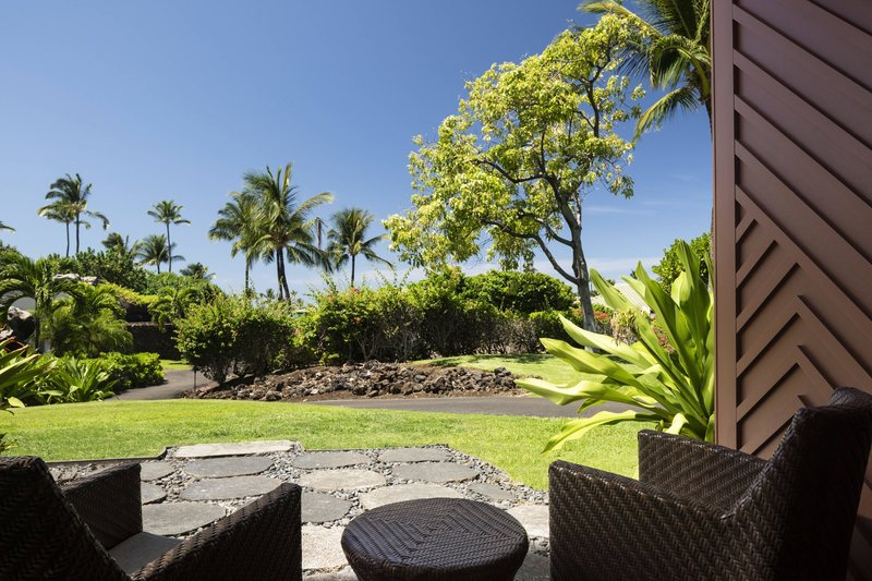 Waikoloa Beach Marriott - Resort View One Bedroom Suite - Lanai & View <br/>Image from Leonardo