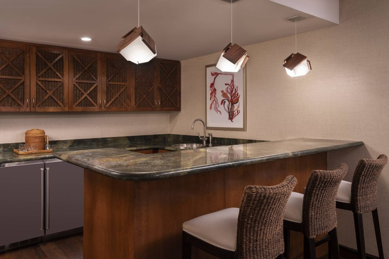Waikoloa Beach Marriott - Kukui Ocean View Suite - Wet Bar <br/>Image from Leonardo