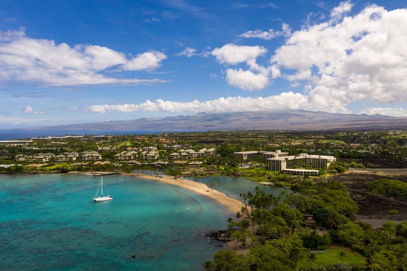 Waikoloa Beach Marriott - Anaeho'omalu Bay and Resort <br/>Image from Leonardo