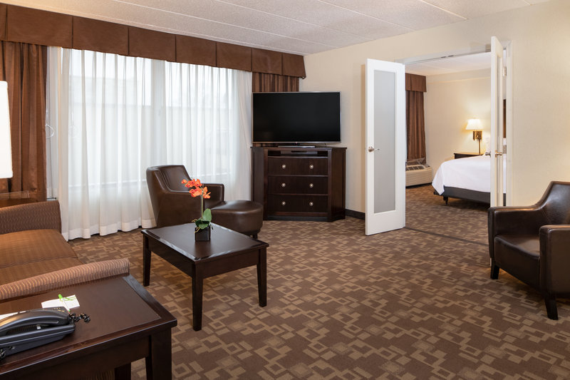 Holiday Inn Hotel & Suites Charleston West-For those who need more than a room to sleep in, request a suite! <br/>Image from Leonardo