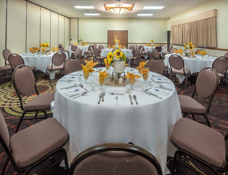 Best Western Wichita North-Full Banquet Service<br/>Image from Leonardo