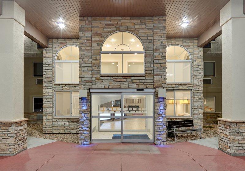 Holiday Inn Express & Suites Scottsbluff-Gering-Entrance<br/>Image from Leonardo