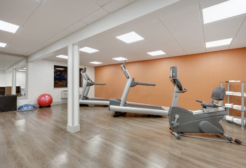 Holiday Inn Express & Suites Scottsbluff-Gering-Fitness Center<br/>Image from Leonardo