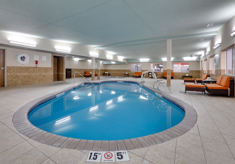 Holiday Inn Express & Suites Scottsbluff-Gering-Swimming Pool<br/>Image from Leonardo