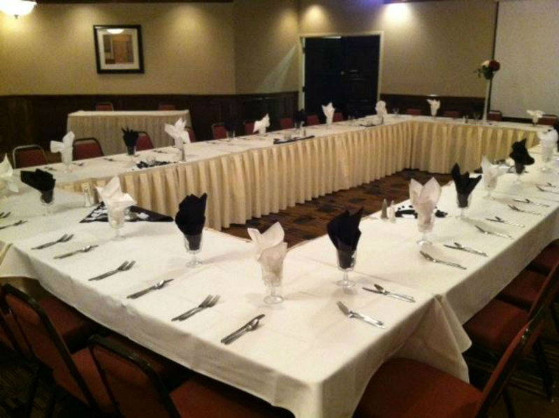 Holiday Inn Hotel & Suites Mansfield-Conference Ctr-Meeting Room<br/>Image from Leonardo