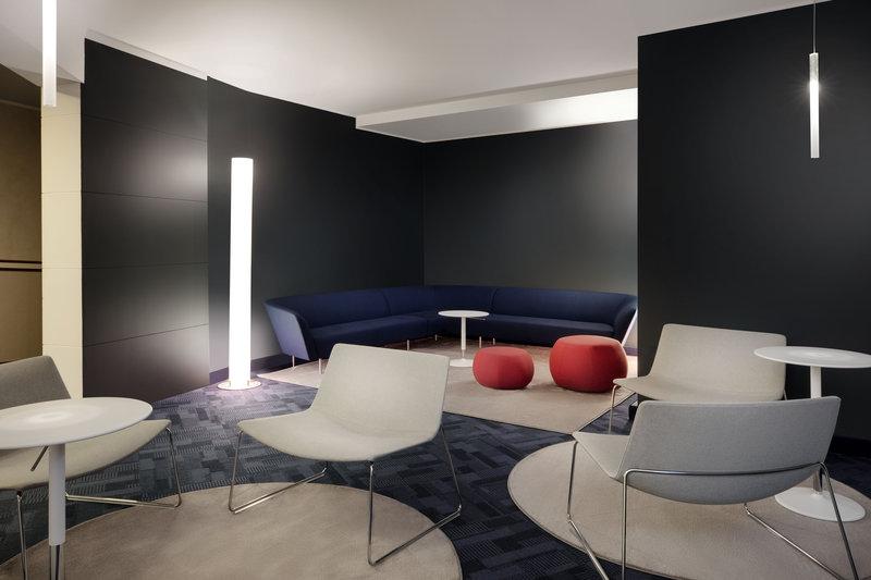 Crowne Plaza Milan - Linate-Visconti Lounge<br/>Image from Leonardo