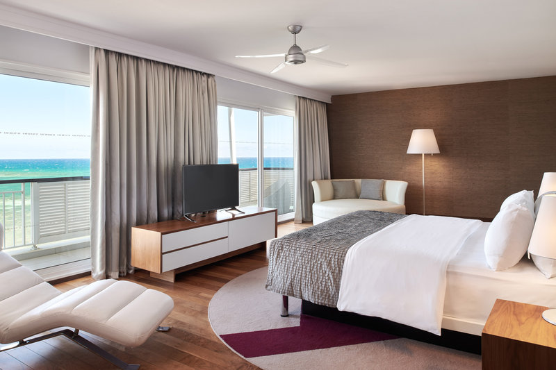 Le Meridien Noumea Resort & Spa-Presidential Suite - King Bedroom<br/>Image from Leonardo