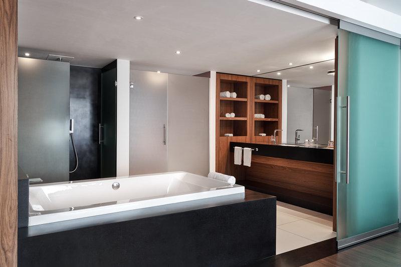 Le Meridien Noumea Resort & Spa-Resort Suite - Bathroom<br/>Image from Leonardo