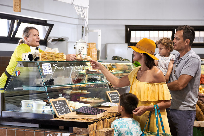 Le Meridien Noumea Resort & Spa-Moselle Municipal Market<br/>Image from Leonardo