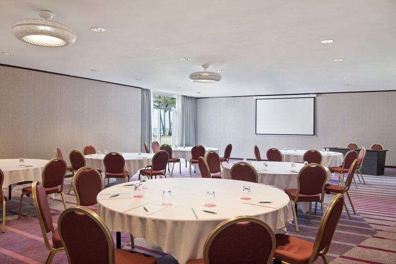 Le Meridien Noumea Resort & Spa-James Cook Meeting Room<br/>Image from Leonardo