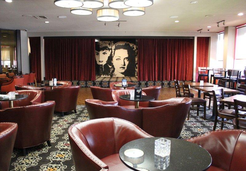 Holiday Inn Burbank - Media Center-Casting Call Lounge<br/>Image from Leonardo