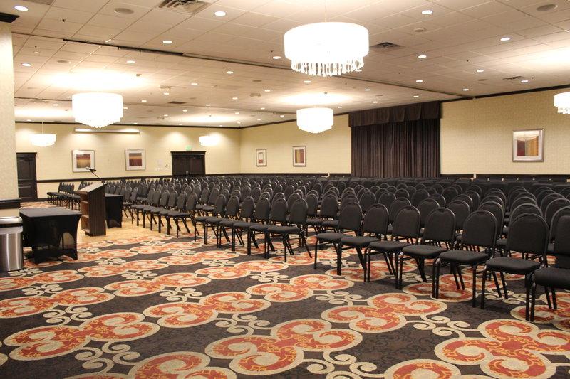 Holiday Inn Burbank - Media Center-Grand Ballroom - Theatre Set-Up<br/>Image from Leonardo