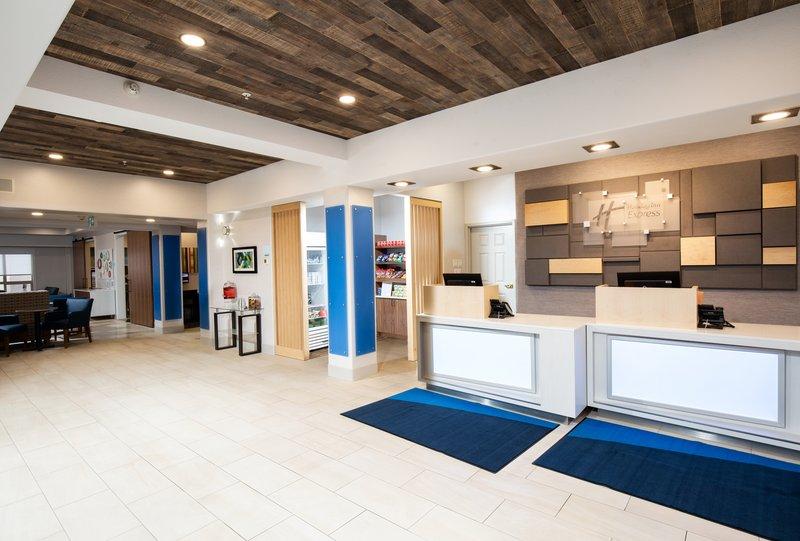 Holiday Inn Express & Suites Grande Prairie-Front Desk<br/>Image from Leonardo