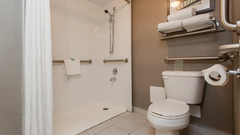 Holiday Inn Peterborough-Waterfront-Wheelchair Accessible<br/>Image from Leonardo