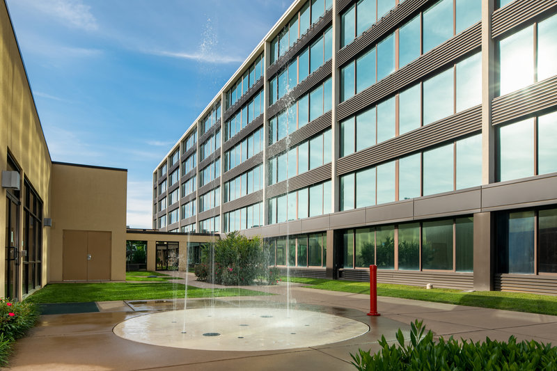 Holiday Inn Hotel & Suites Charleston West-Kids love our outdoor splash pad in the hotel's courtyard! <br/>Image from Leonardo