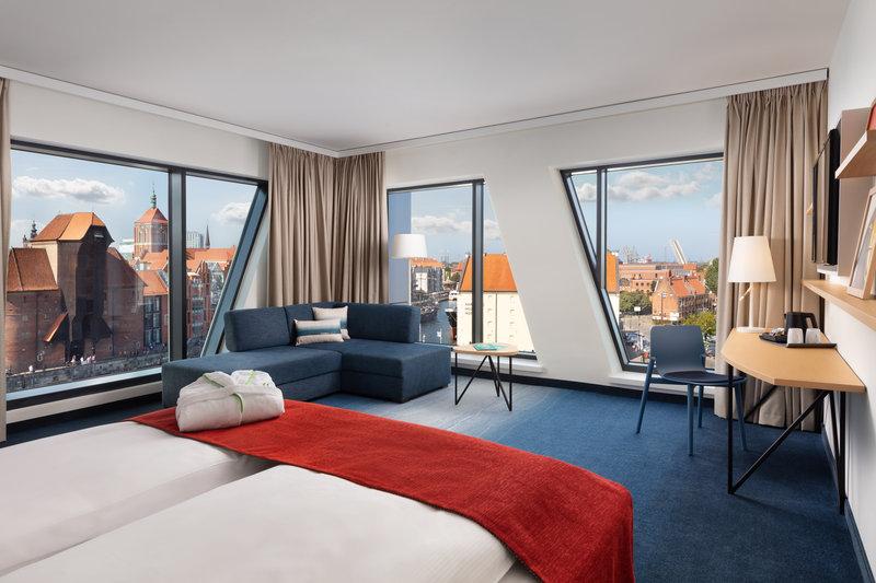 Holiday Inn Gdansk City Centre-Guest Room<br/>Image from Leonardo