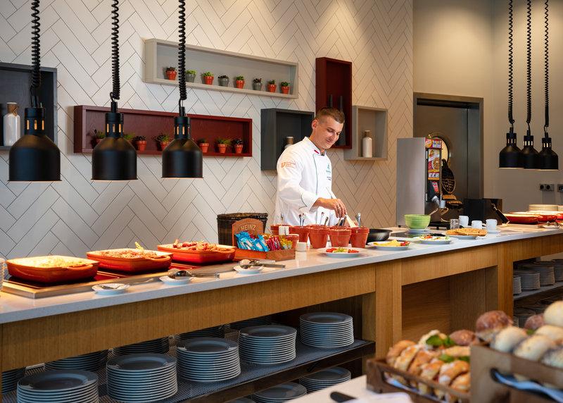 Holiday Inn Gdansk City Centre-Breakfast Area<br/>Image from Leonardo
