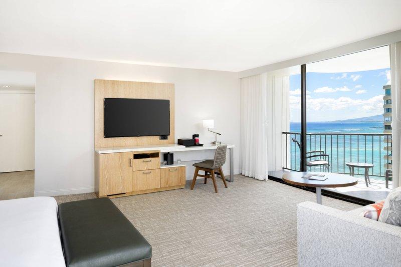 Waikiki Beach Marriott Resort  - Junior Suite - Ocean View <br/>Image from Leonardo