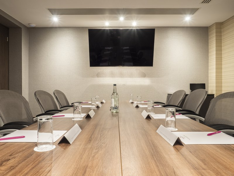 Holiday Inn London - Kingston South-Board Room<br/>Image from Leonardo