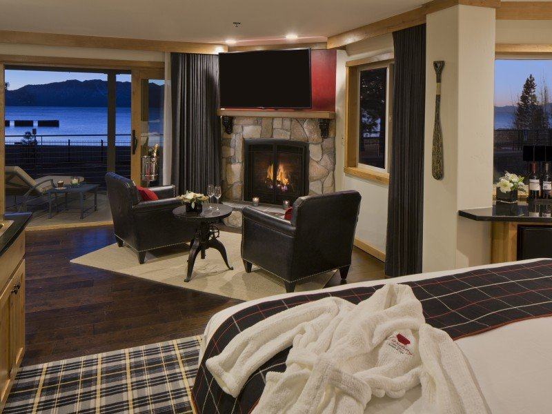The Landing Resort and Spa-Premium Lake Front Suite<br/>Image from Leonardo