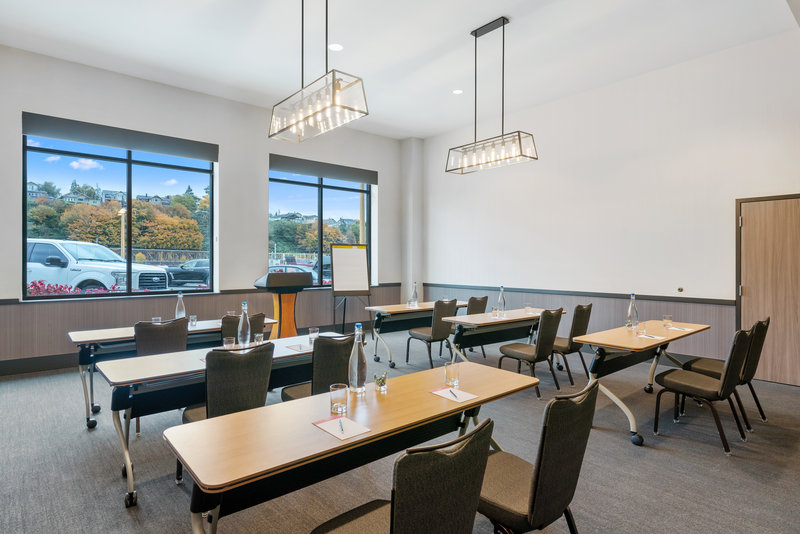 Hotel Indigo Seattle Everett Waterfront-Saratoga Room Classroom<br/>Image from Leonardo