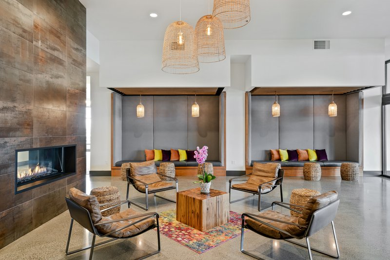 Hotel Indigo Seattle Everett Waterfront-Enjoy complimentary Wi-Fi in our lobby<br/>Image from Leonardo