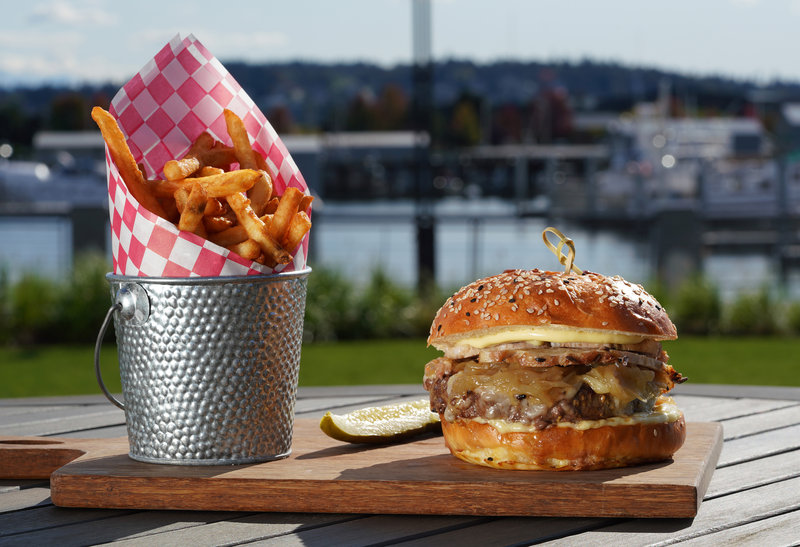 Hotel Indigo Seattle Everett Waterfront-Jetty Grille Wagyu Burger<br/>Image from Leonardo