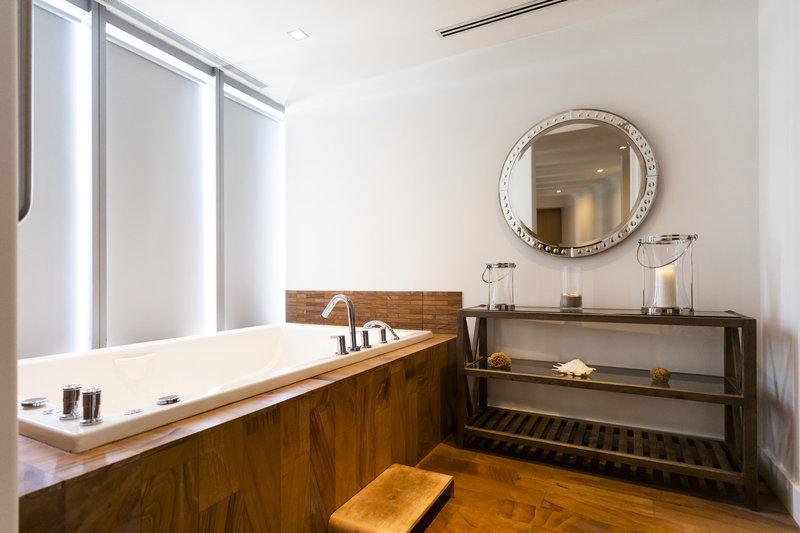 Nobu Hotel Miami Beach-Esencia Treatment Room Tub<br/>Image from Leonardo