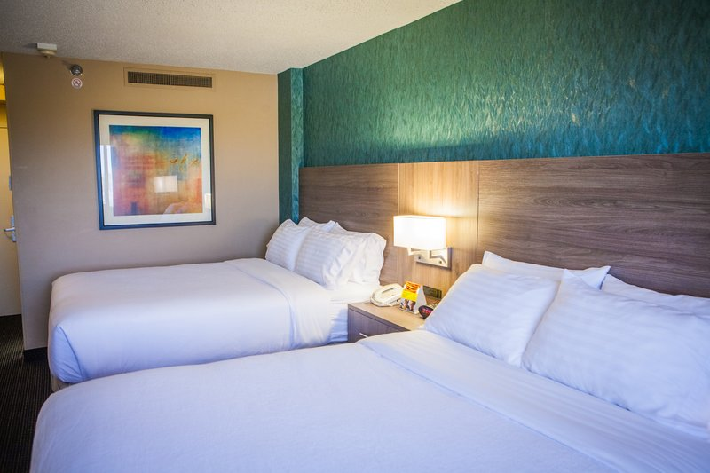 Holiday Inn Des Moines Downtown - Mercy Area-Double Bed Guest Room<br/>Image from Leonardo