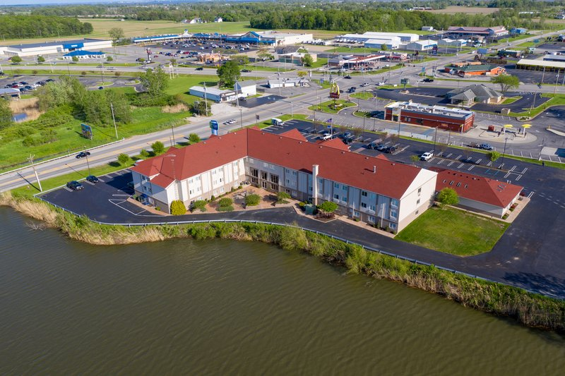 Holiday Inn Express & Suites Port Clinton - Catawba Island-Great water view look at nature and the beautiful eagles.<br/>Image from Leonardo