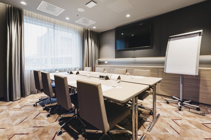 Holiday Inn Eindhoven Airport-View into Fokker 3, boardroom setup<br/>Image from Leonardo