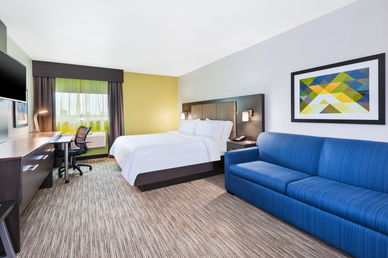 Holiday Inn Express Winnipeg Airport - Polo Park-Our spacious King with Sofa Bed<br/>Image from Leonardo