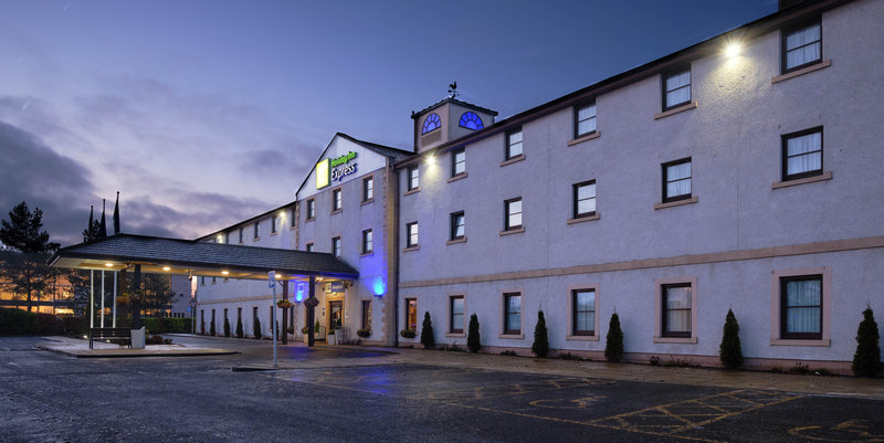 Holiday Inn Express Perth-Hotel Exterior<br/>Image from Leonardo