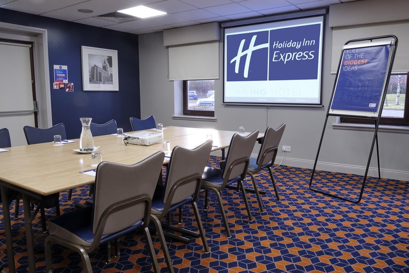 Holiday Inn Express Perth-Inveralmond Suite<br/>Image from Leonardo